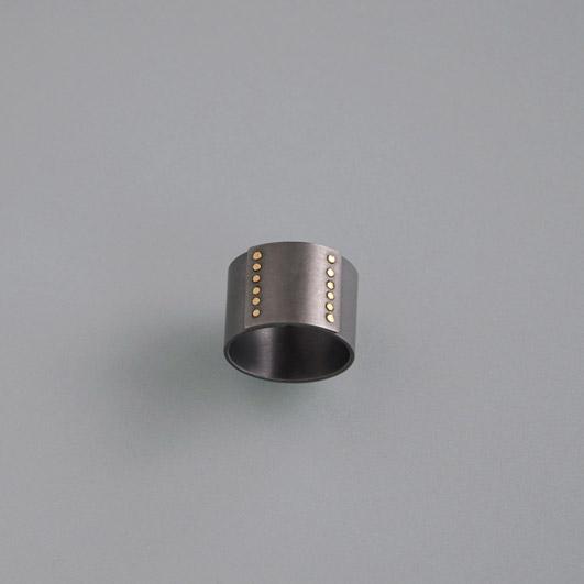 kupferfarbener niob ohrhaken mit 2 mm 2 paar f r allergiker nickelallergie ball piercing. Black Bedroom Furniture Sets. Home Design Ideas